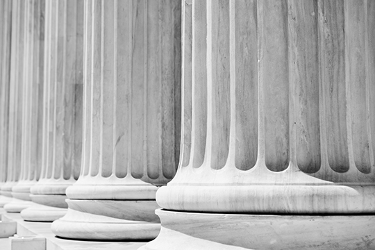 Column Pillars courthouse, black and white